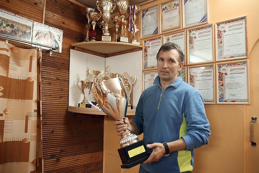 Руководитель физического воспитания Андрей Кузнецов