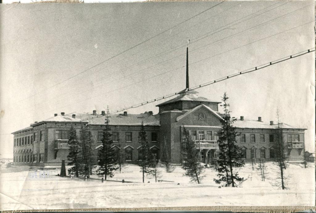 Дом Советов, 1940-е гг.