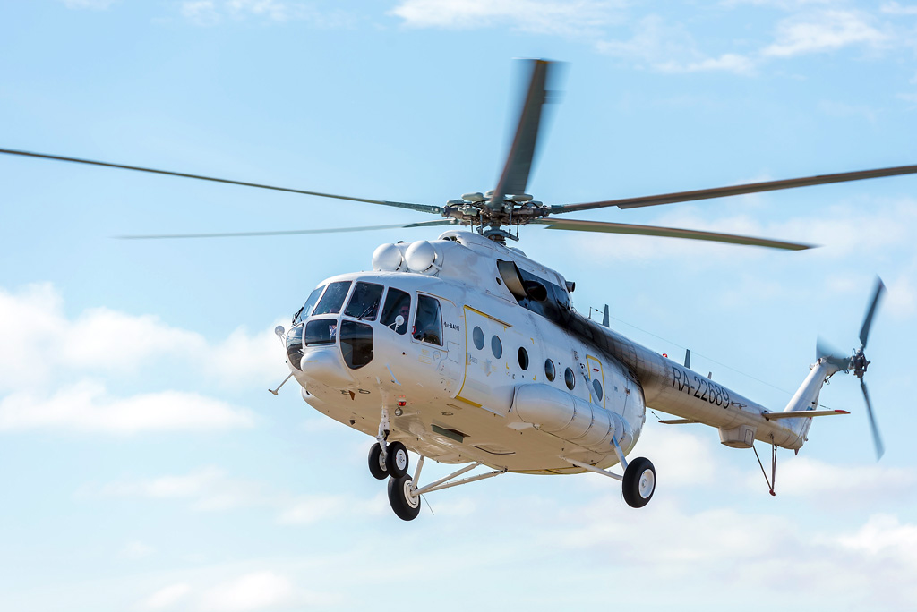 Летчики ежегодно выполняют 200–250 вылетов посанзаданиям, спасая жизни людей