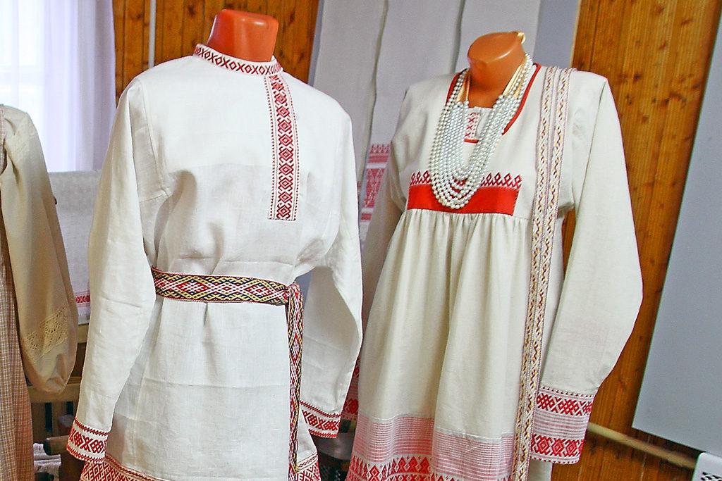 Костюмы жениха и невесты для проекта «Льняная свадьба на Виледи»