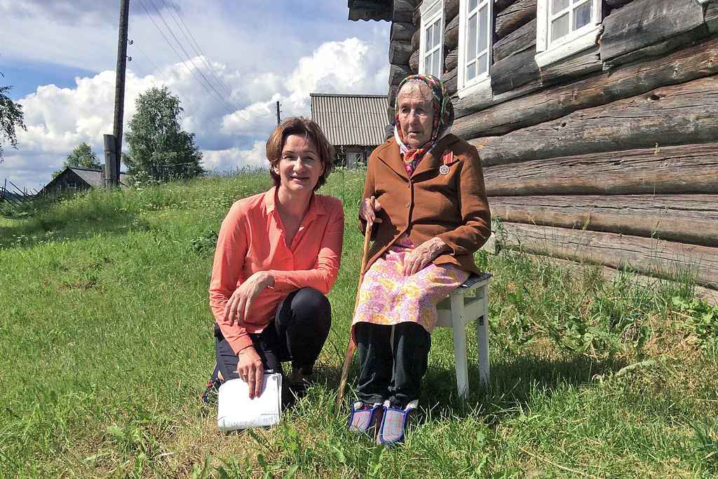 Зинаида Курбатова и Анна Семенова (Плесецкий район)