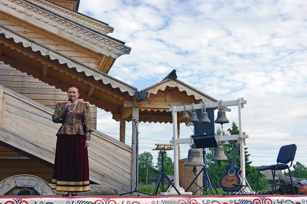 Спустя почти 80лет наОдигитриевской церкви вновь запели колокола