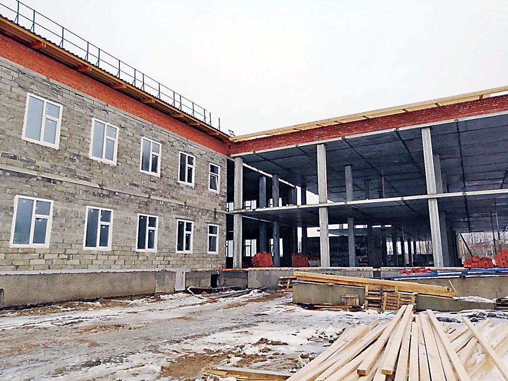 Ровдинская школа рассчитана на 250 учеников