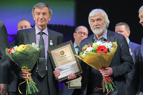 Александр Новоселов и Геннадий Дворянкин на вручении Ломоносовской премии