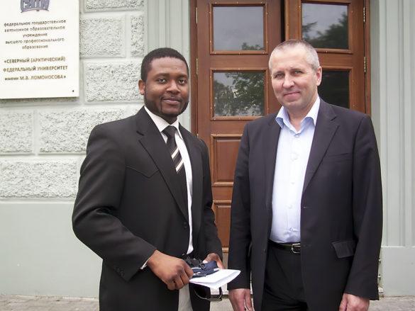 Слюбимым преподавателем Николаем Дундиным, ныне заместителем первого проректора САФУ