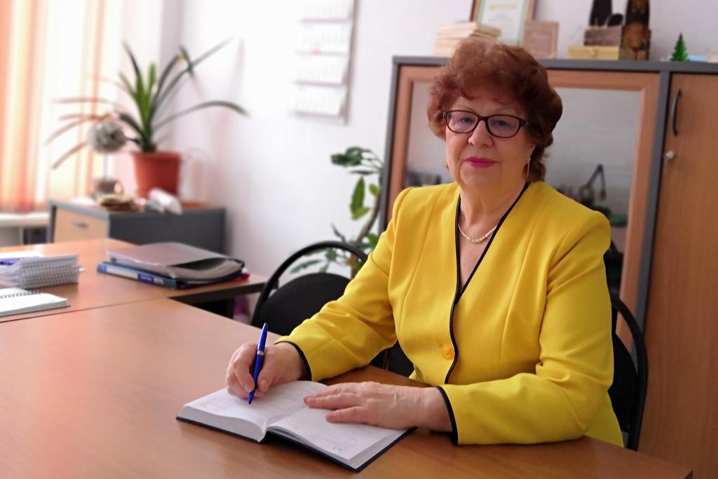 Любовь Суровцева, профессор кафедры лесопромышленных производств иобработки материалов, кандидат технических наук, профессор