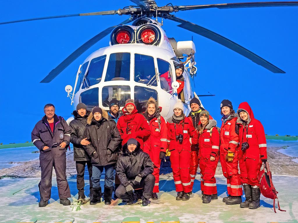Летчики из Заполярья с международной командой ученых