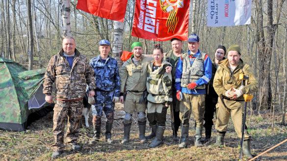 Те, кто съездил в поисковую экспедицию хотя бы раз, остаются с отрядом надолго