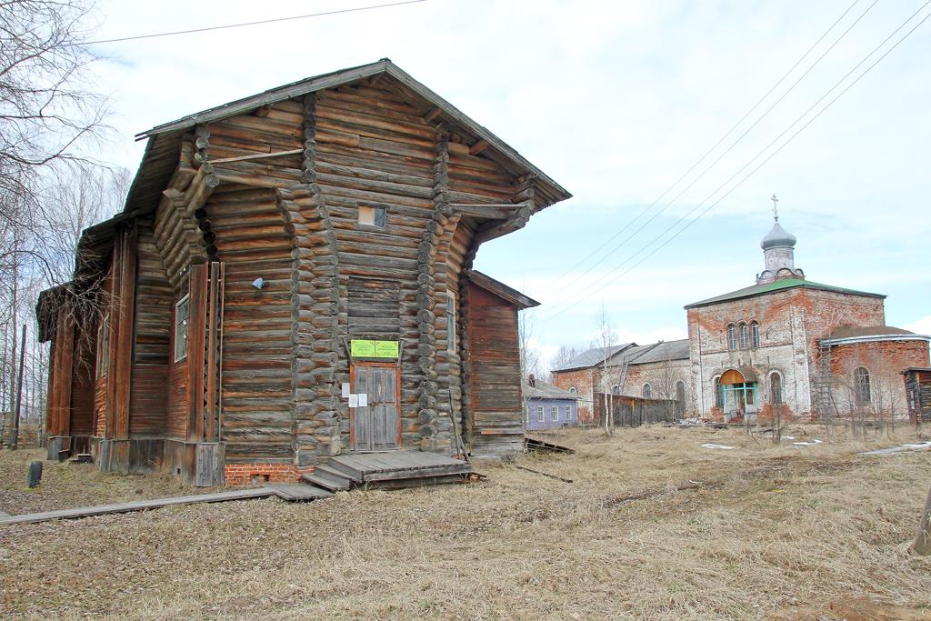 Петропавловский храм освящен в 1788 году. Сегодня здесь расположены Пучужский краеведческий музей и библиотека