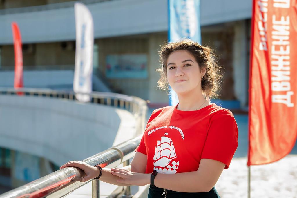 Юлия Шошина стала призером конкурса презентаций омалой родине, Вкачестве поощрения она получила путевку вдетский центр «Океан» воВладивостоке