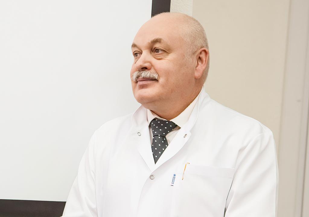 Олег Низовцев, главврач больницы