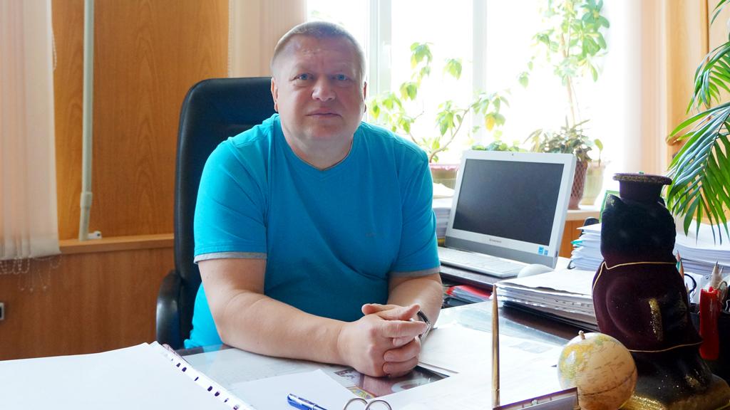 НИКОЛАЙ ОРЛОВ, директор Вельского индустриально-экономического колледжа