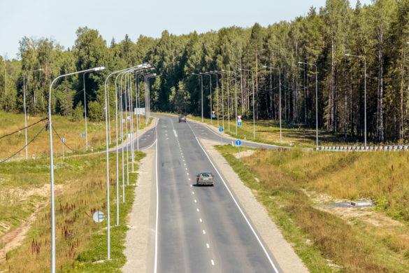 Одна из современных транспортных развязок нарегиональных дорогах Архангельской области