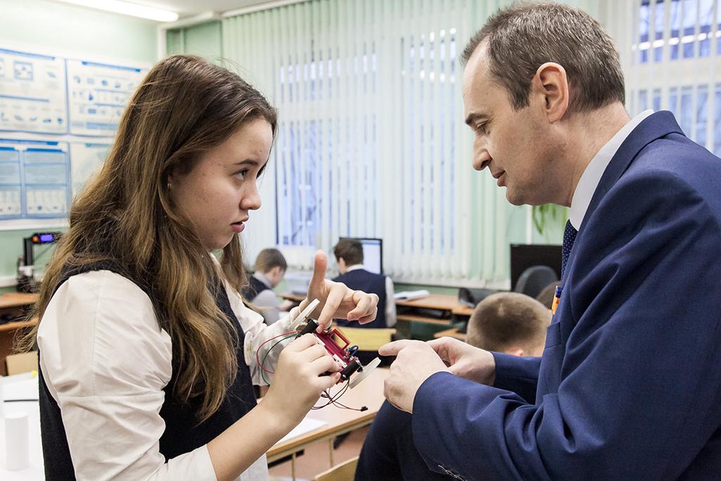 Уроки робототехники в школе № 24 г. Архангельска