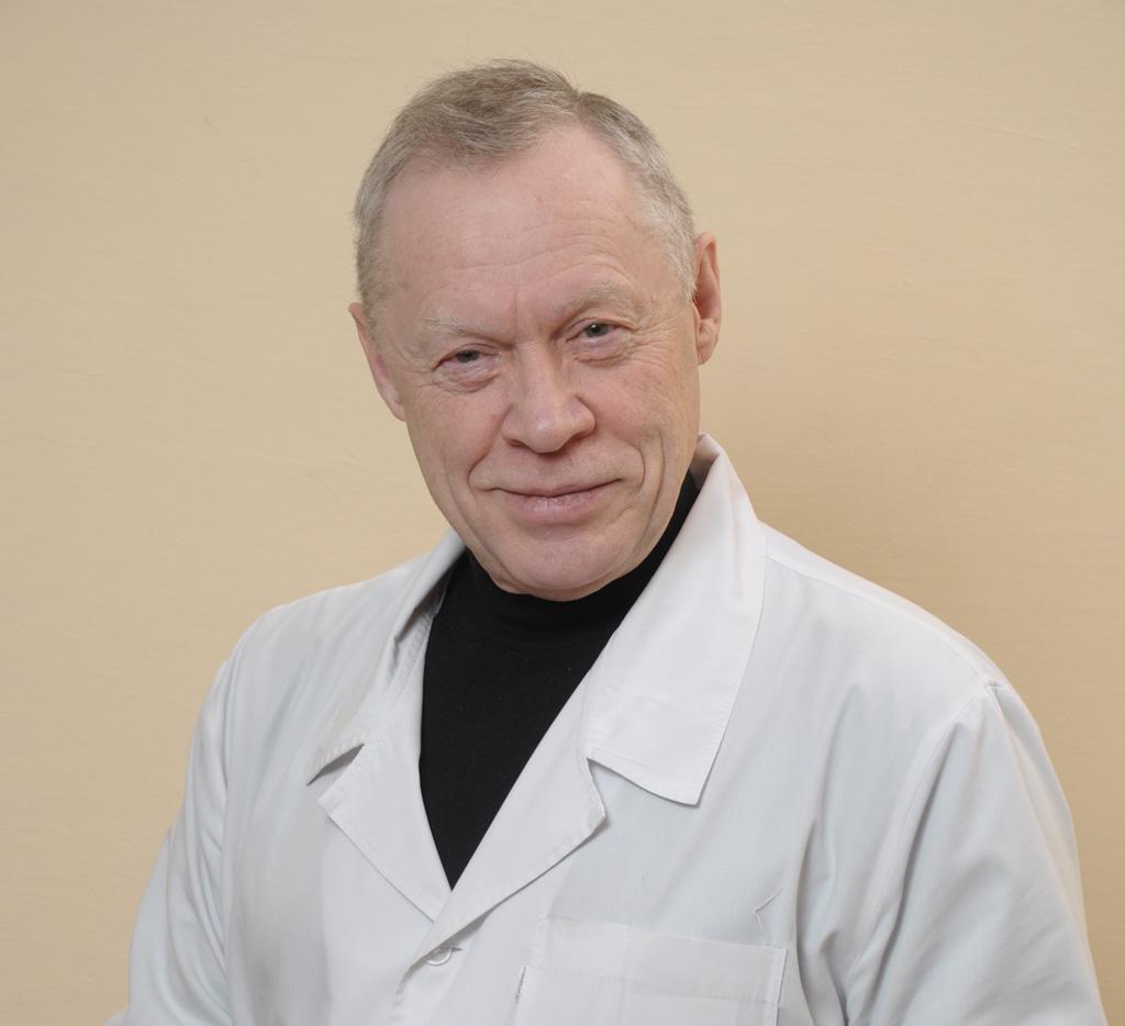 Николай Зыков, заслуженный врач РФ, врач-офтальмолог высшей категории