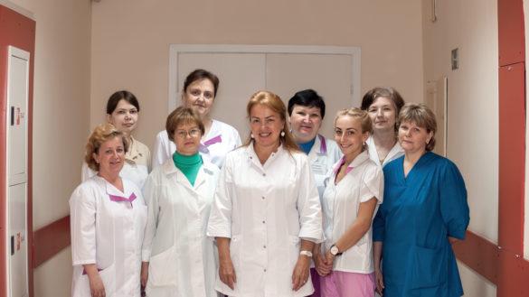Светлана Худякова (в центре) и ее коллеги