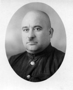 Лучший донор станции переливания крови Крупнов. Архангельск, февраль 1943 год