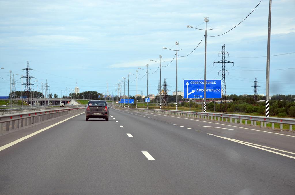 Специалисты ООО «Автодороги» построили первый в Поморье участок дороги I технической категории