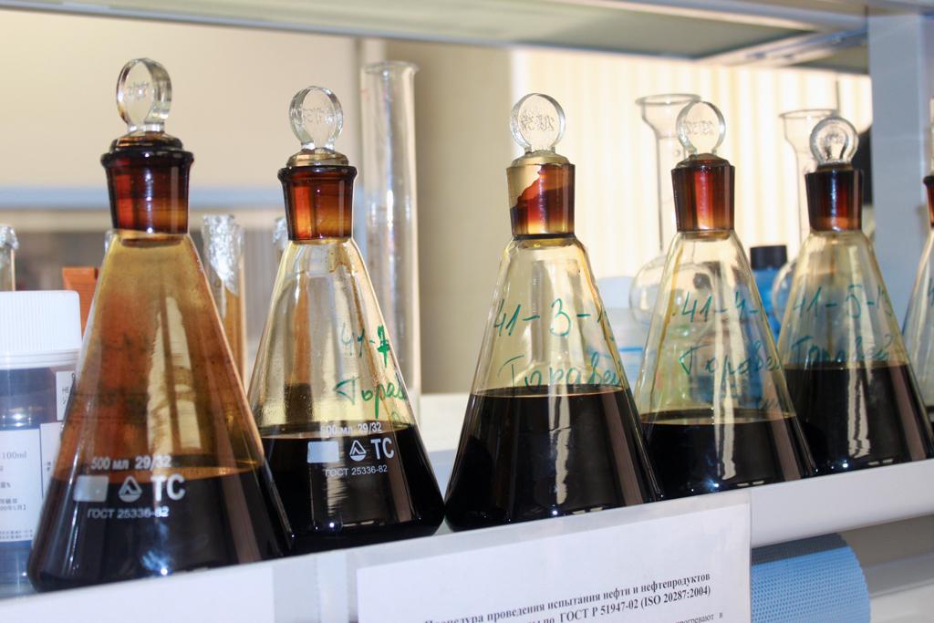 Образцы нефти
