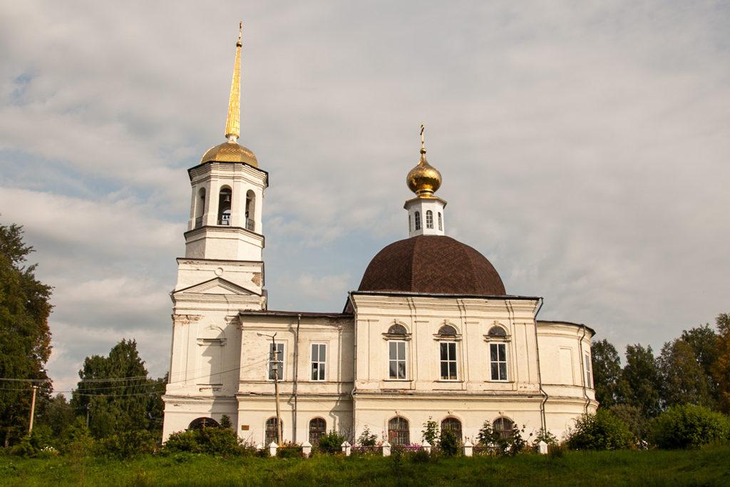 Свято-Троицкому храму в Онеге—217 лет