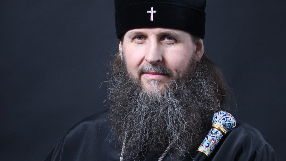 Стал невоенным, асвященником