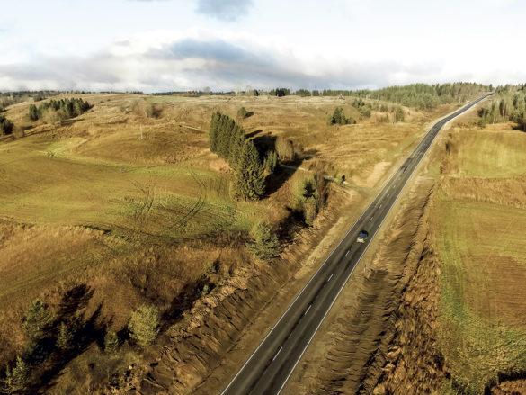Более 70 километров региональной автодороги Долматово — Няндома — Каргополь — Пудож приведено в норматив в 2020 году благодаря нацпроекту «Безопасные и качественные автомобильные дороги»