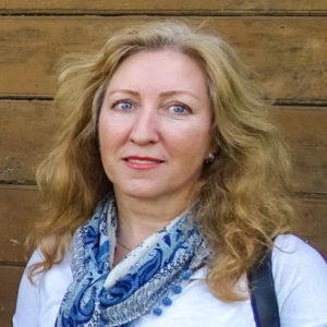 Нина Петухова— кандидат искусствоведения