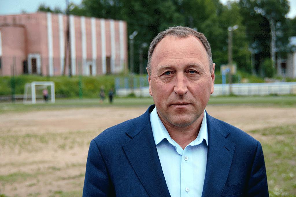 Алексей Таборов,глава Виноградовского района: «Если здесь, в районе, для семьи созданы хорошие жилищные и социальные условия, то такой образ жизни их вполне устраивает»