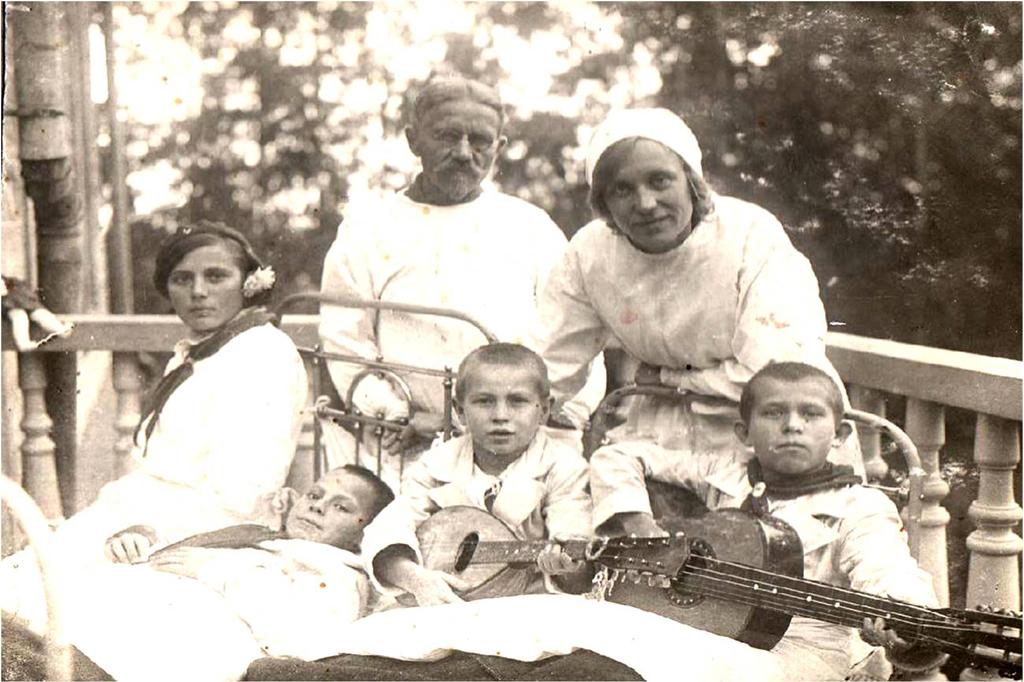 «Первые чижики» — так называла своих пациентов Мария Николаевна Фаворская, а они звали её тётя Муся