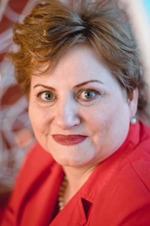 Елена Шепелева — председатель Архангельского облпотребсоюза