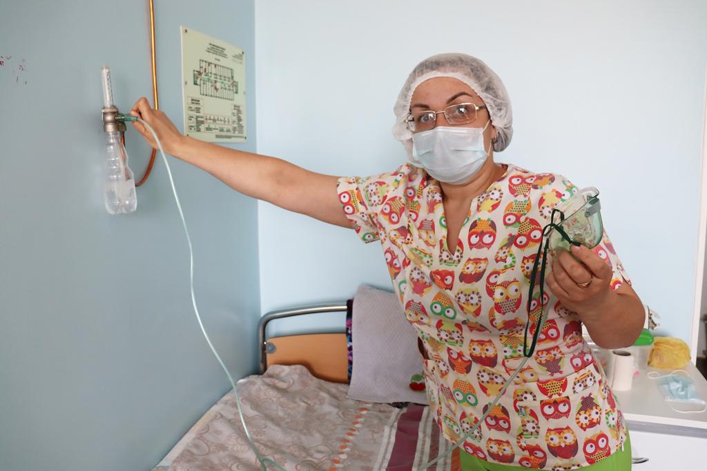 Палатная медсестра инфекционного отделения Юлия Нижалова