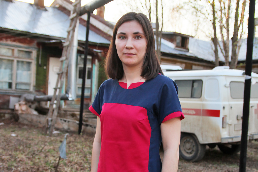 Фельдшер Анна Красникова