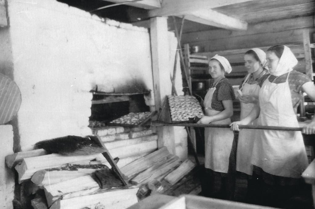 Выйское сельпо. Пекарня в деревне Степановской