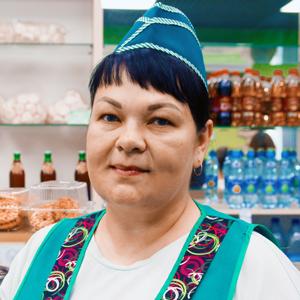 Наталья Тумбальцева, заведующая кафе «Шелковня»